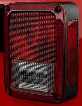 07-11JeepWrangler-Driver-Left.jpg